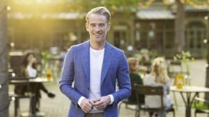 Art Rooijakkers te gast bij tweede aflevering Café Hendriks & Genee