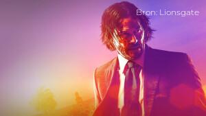 Recensie: John Wick: Chapter 3 - Parabellum met Keanu Reeves in neonverlicht New York