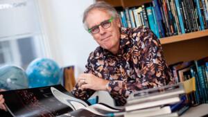 Govert Schilling presentator nieuw NTR-programma Govert naar de Grenzen van het Heelal