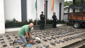 John van den Heuvel ontdekt cocaïne-route van Zuid-Amerika naar Nederland in documentaire