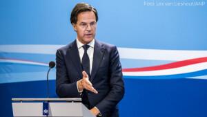 Kijkcijfers woensdag: Laatste corona-persconferentie Rutte zakt naar 3,4 miljoen kijkers