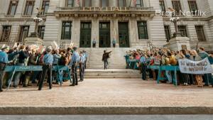 Recensie: The Trial of the Chicago 7 is één van de beruchtste rechtbankdrama's ooit