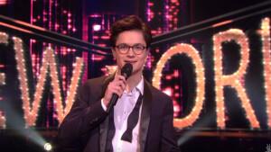 The Voice-winnaar Dennis van Aarssen te gast in RTL Late Night